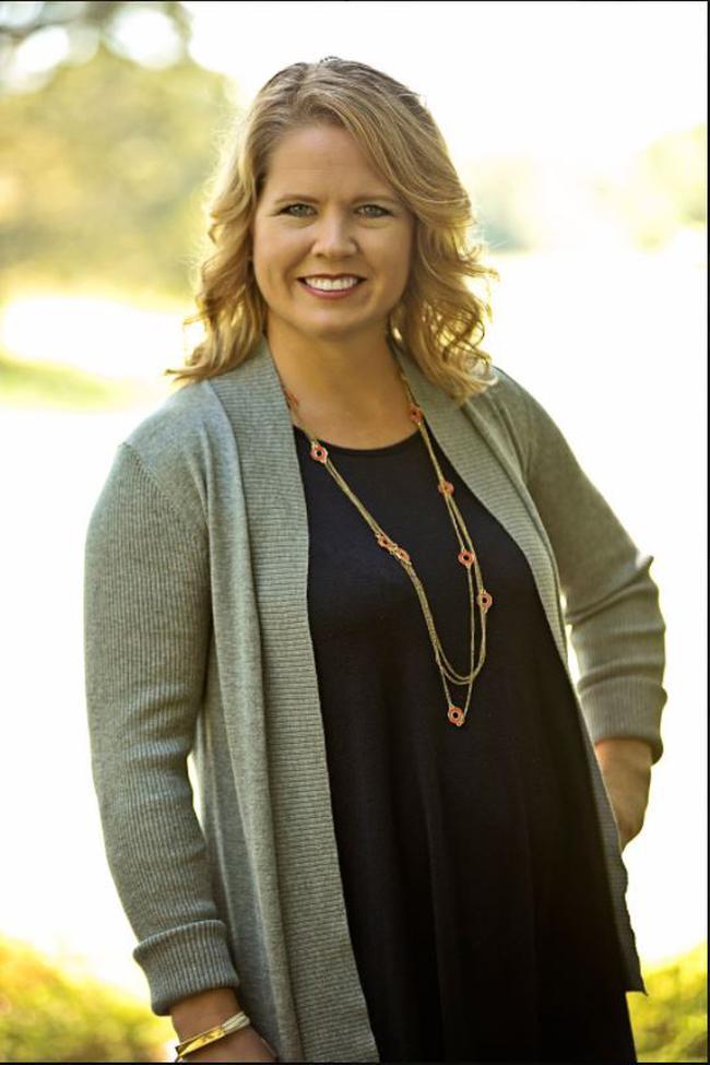Photo of Tracy Riba,