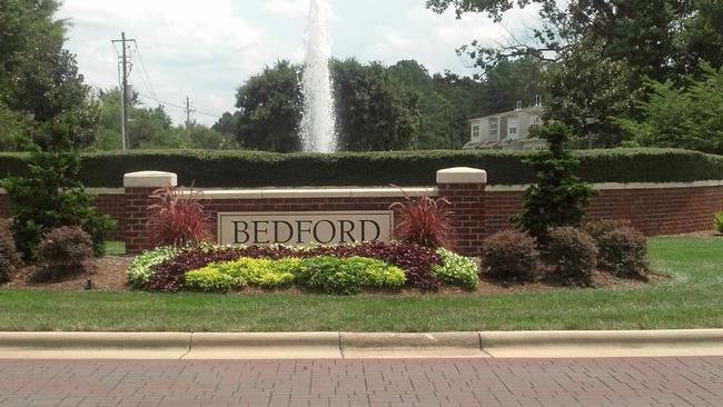 Bedford at Falls River Bill Rhodes & Team