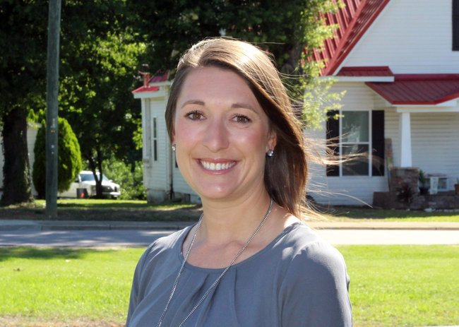 Photo of Jennifer Proper