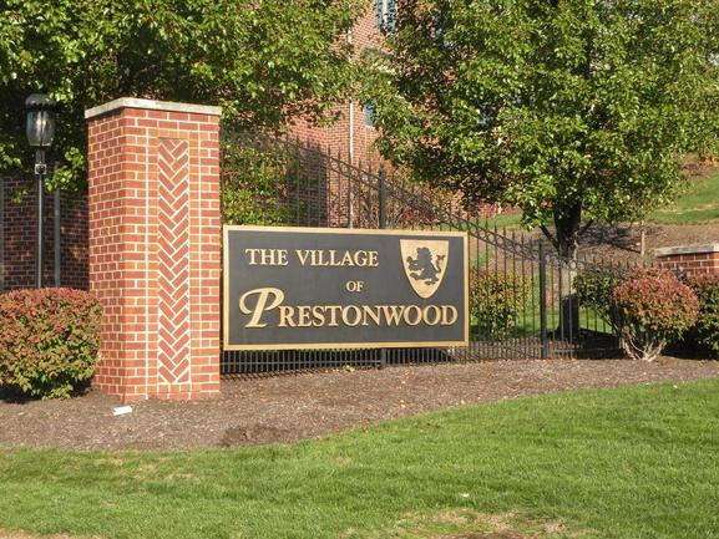 Village of Prestonwood in McMurray, PA
