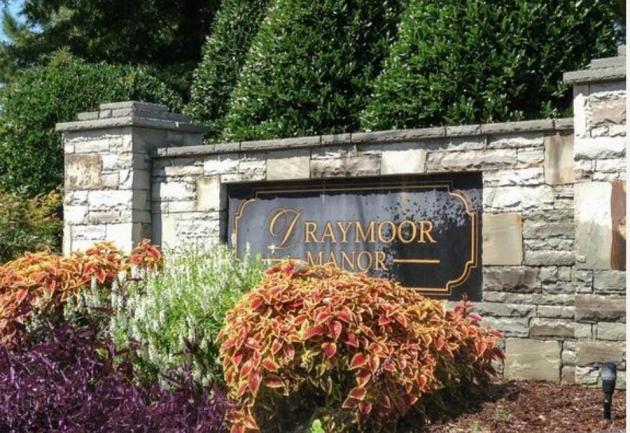 Draymoor Manor Raleigh NC Entrance Sign