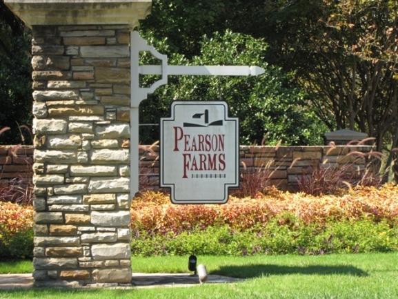 Pearson Farms Neighborhood Sign