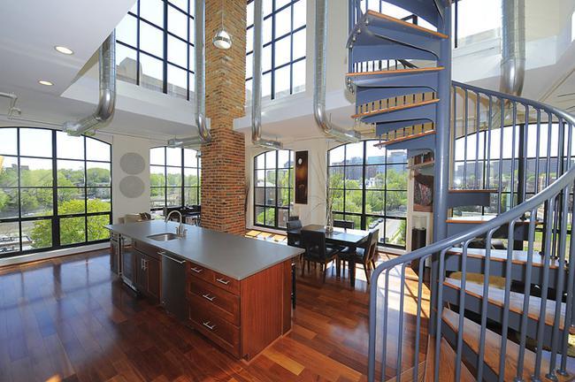 2 story ceilings