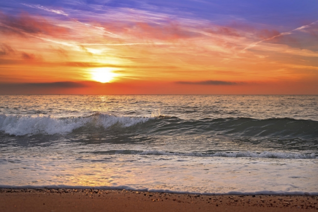 Enjoy breathtaking sunsets and sunrises over the Atlantic at Ocean Sands Condos.