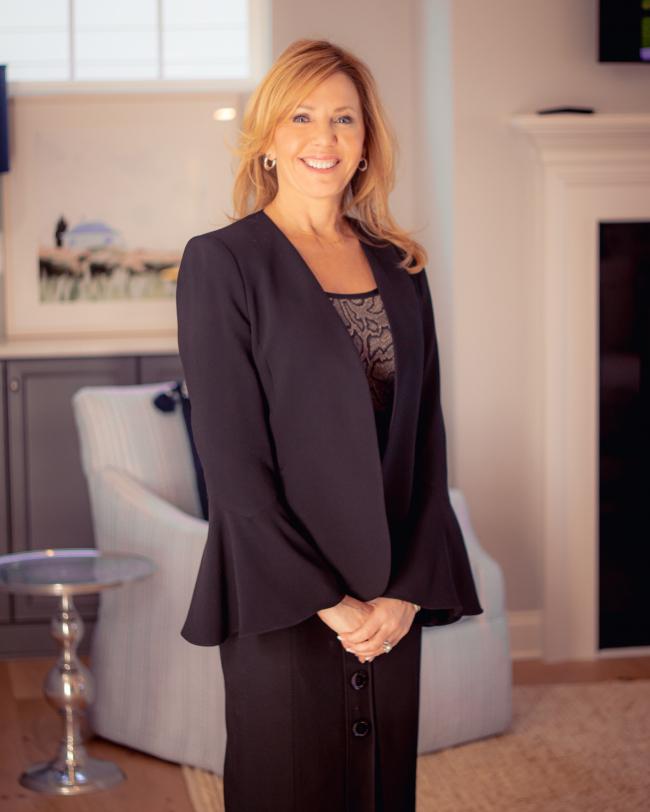 Photo of Linda Trevor