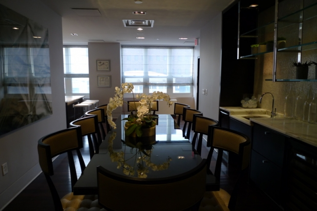 Trump Plaza Condos are Great for Entertaining in Jersey City, NJ