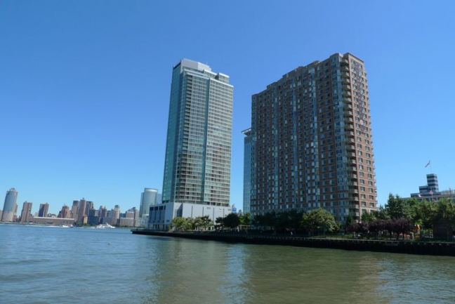 Modern Architecture at Crystal Point in Jersey City, NJ