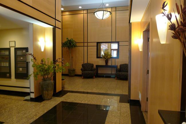 2 Constitution Court in Hoboken, NJ Lobby