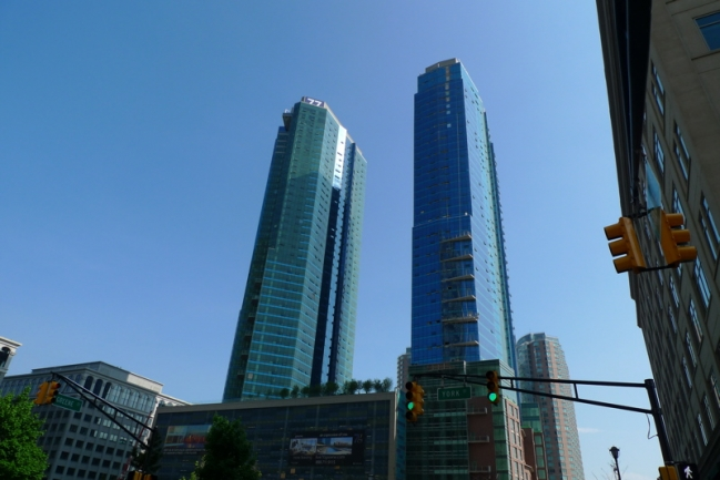 77 Hudson Features Gorgeous Twin Hi-rises That Dot the Jersey City Skyline