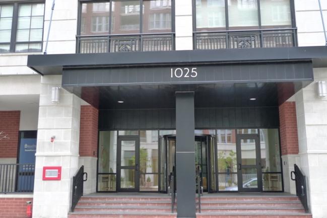 Maxwell Place Main Entrance in Hoboken, NJ
