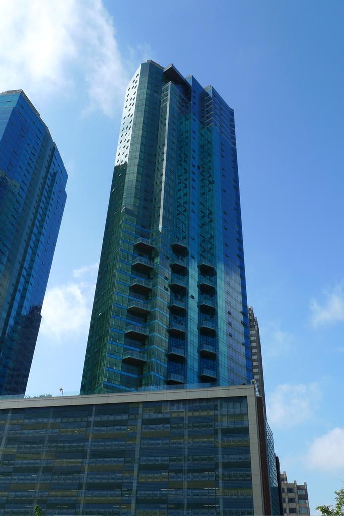 77 Hudson Street Condominium Building Jersey City Condos For Sale