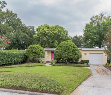 Mid-50's charmer in Wadeview Park