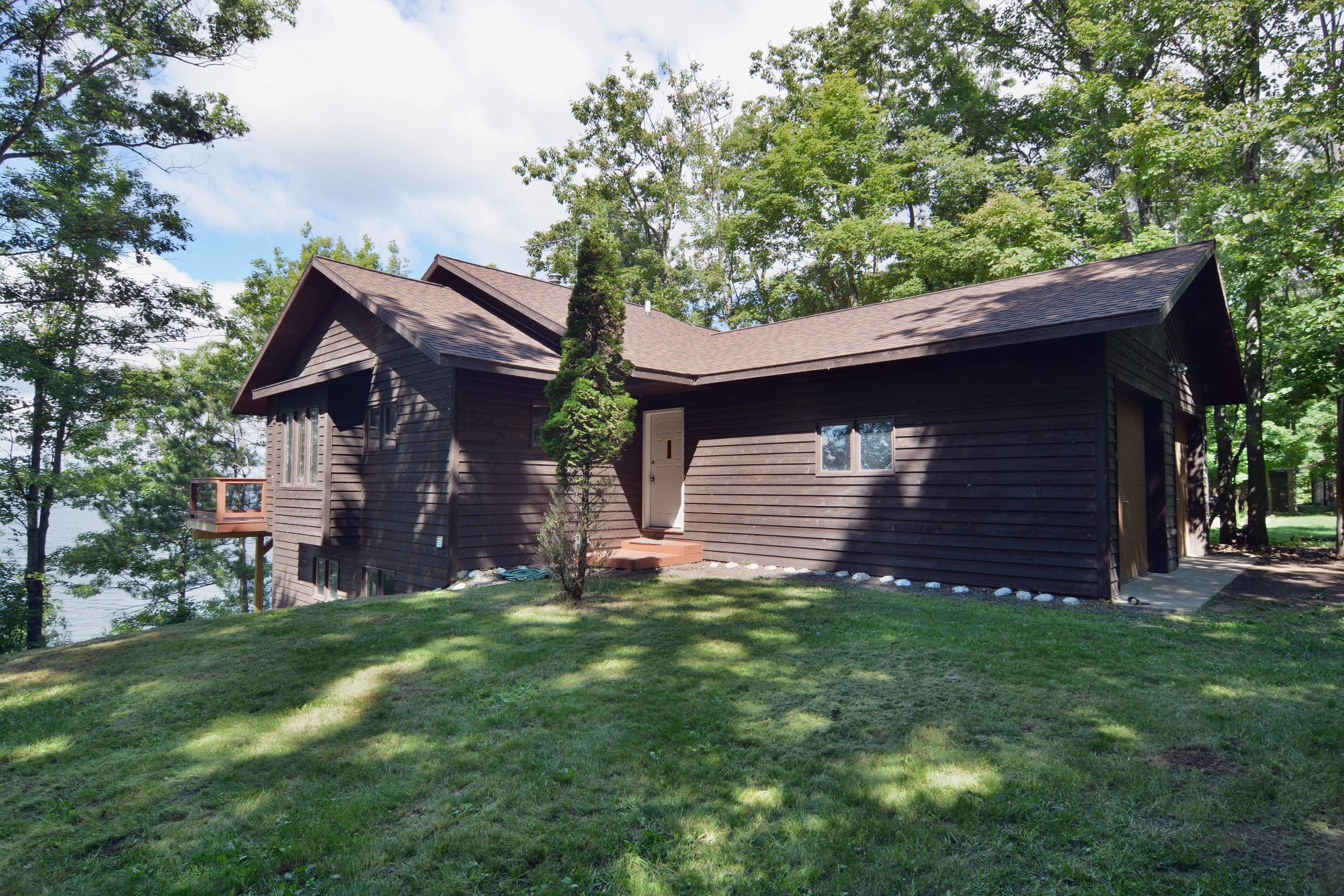 Round Lake, Hayward, Wisconsin Homes for Sale