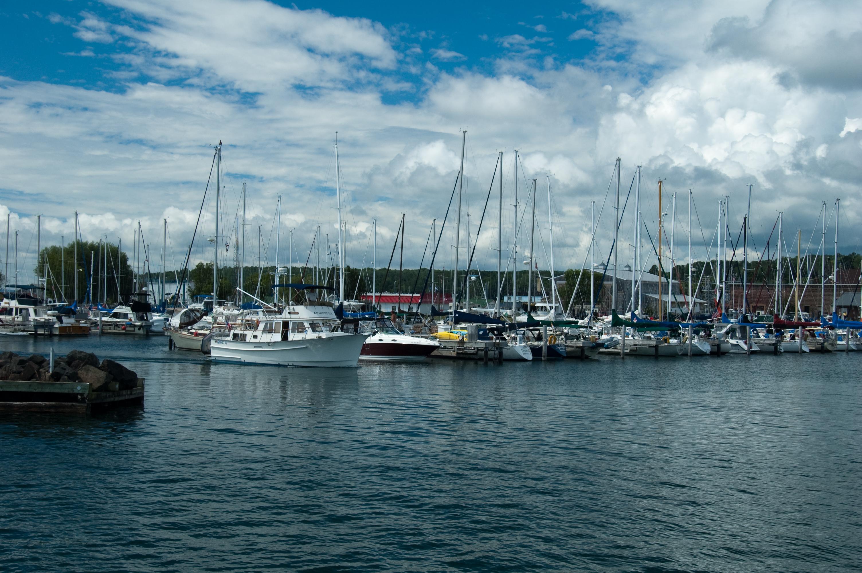 bayfield sailing boats