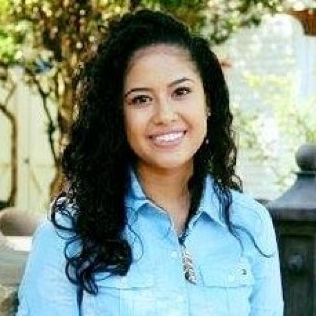 Photo of Mayra Mendez,