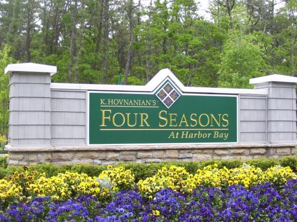 Harbor Bay Entrance
