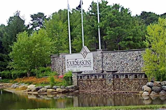 Four Seasons Lakewood