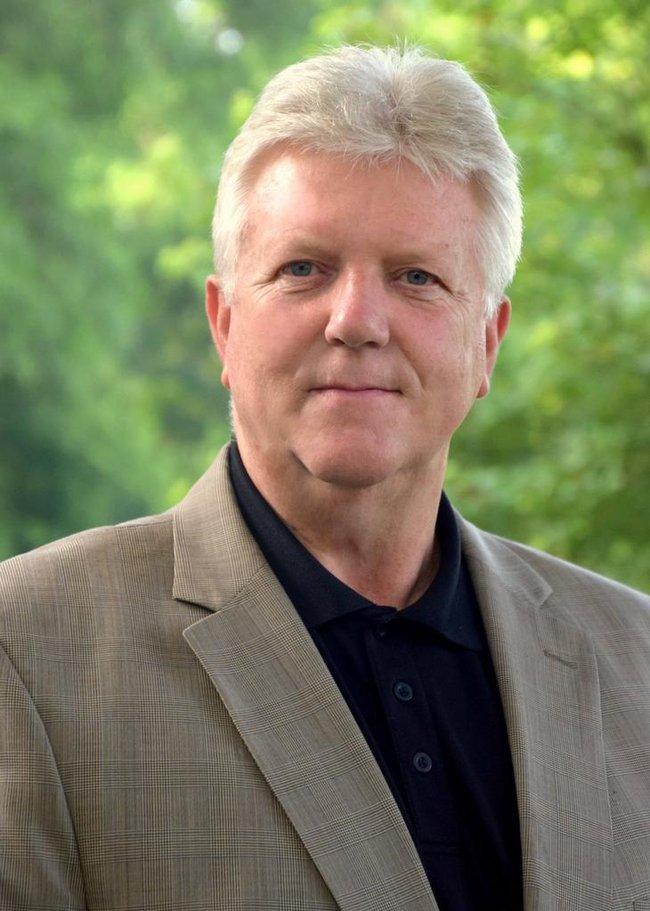 Photo of Jerry Jones,