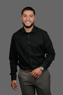 Photo of Lorenzo Valdez