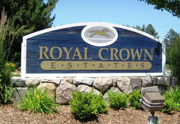 Royal Crown Subdivision, Novi MI 48374 Subdivision Entrance