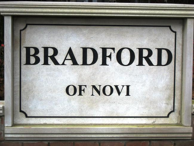 Bradford of Novi Neighborhood, Novi Michigan. Subdivision entrance.