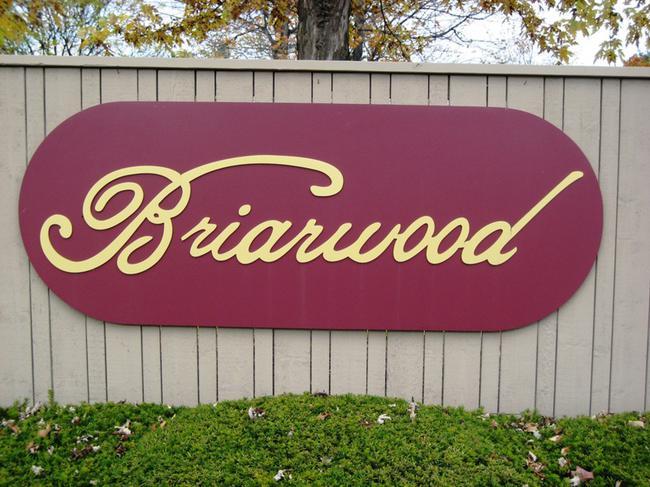 Subdivision entry, Briarwood Novi MI
