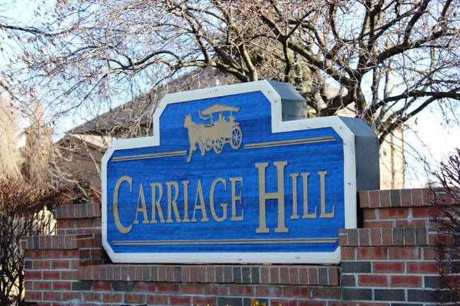 Carriage Hill Novi MI Subdivision Entry