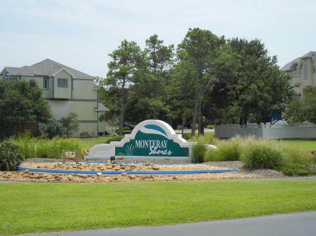 Monteray Shores Neighborhood in Corolla NC