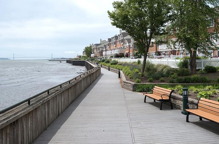Port Liberte Promenade