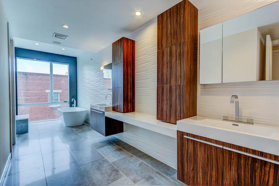 luxury bath and double sink
