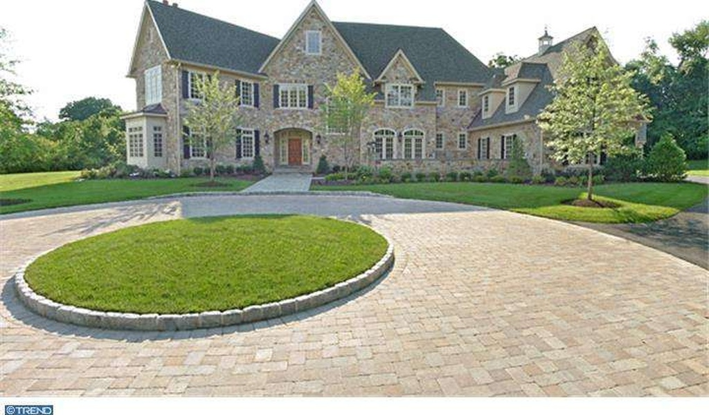 front exterior of estate