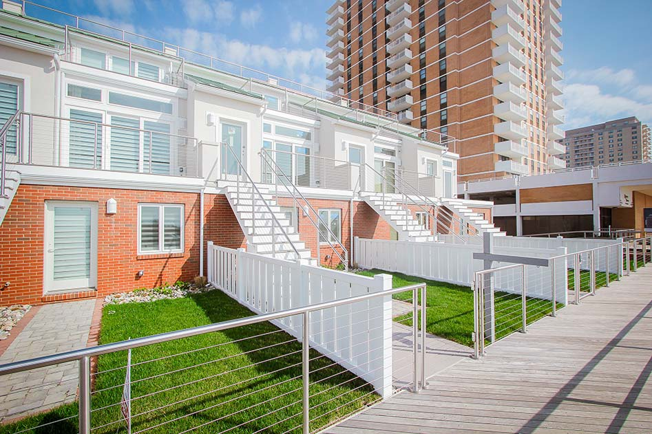 roof deck and yards of units
