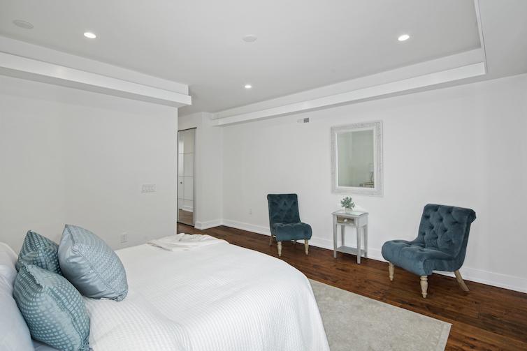 Regent Row bedroom