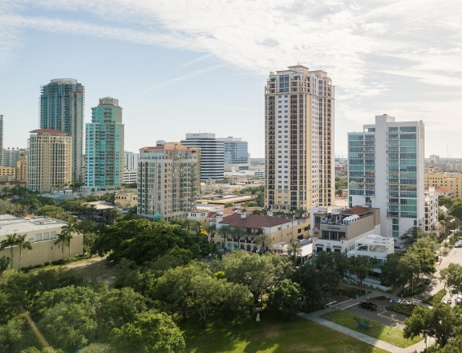 Condos Downtown St Petersburg Florida