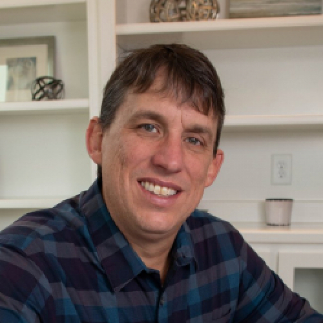 Photo of Geoff Boone,