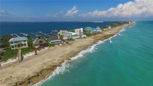 Yacht Club Beach Hutchinson Island
