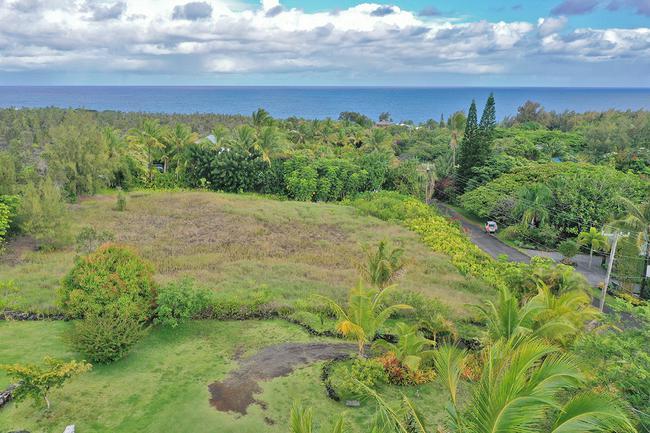 $150,000 Improved lot in prestigious Puna Beach Palisades