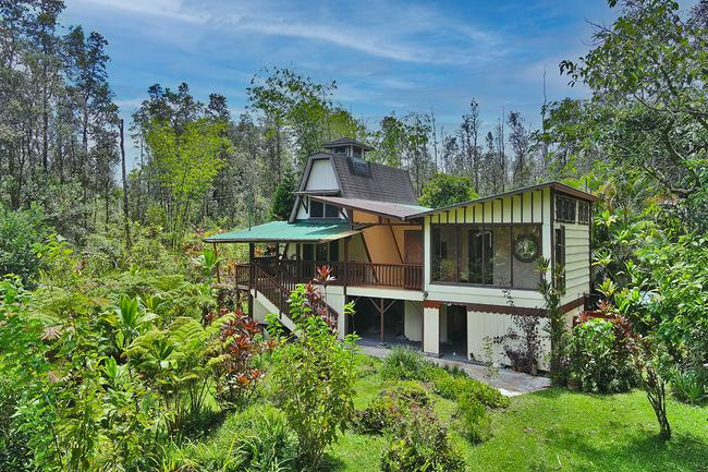 $499,000 3 Structures on 3 Acres in Hawaii