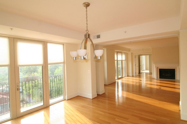 Spacious Edgemoor At Arlington Condo For Sale