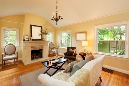 Woodside Home With Fireplace