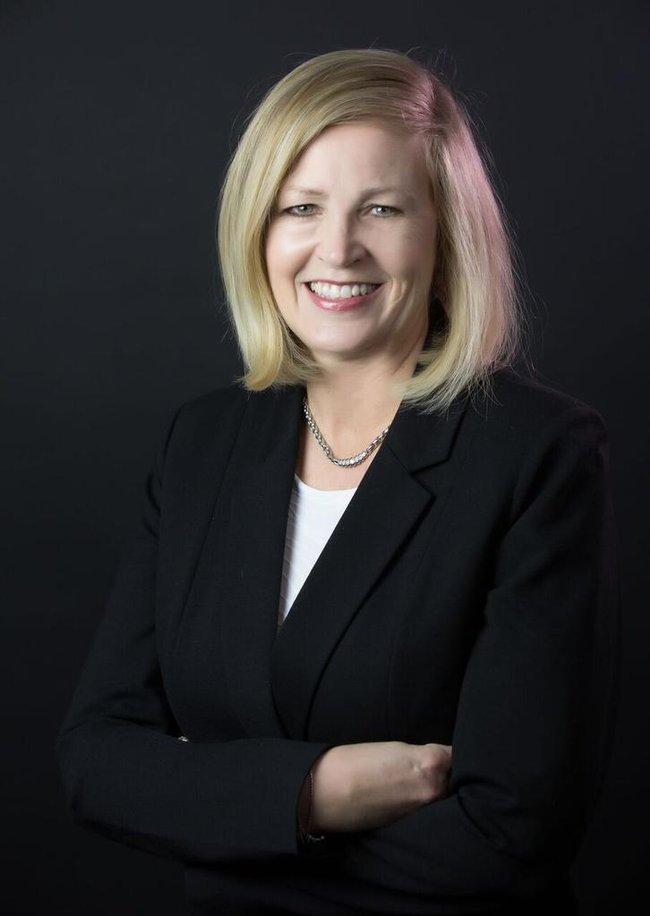 Photo of Elaine Weiskopf,