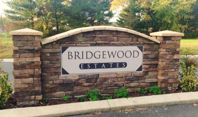 Community entrance to Bridgewood Estates in Delmar MD