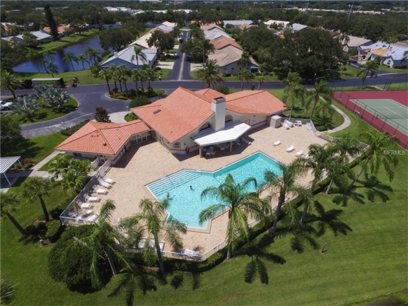Casa Del Sol resident clubhouse & pool