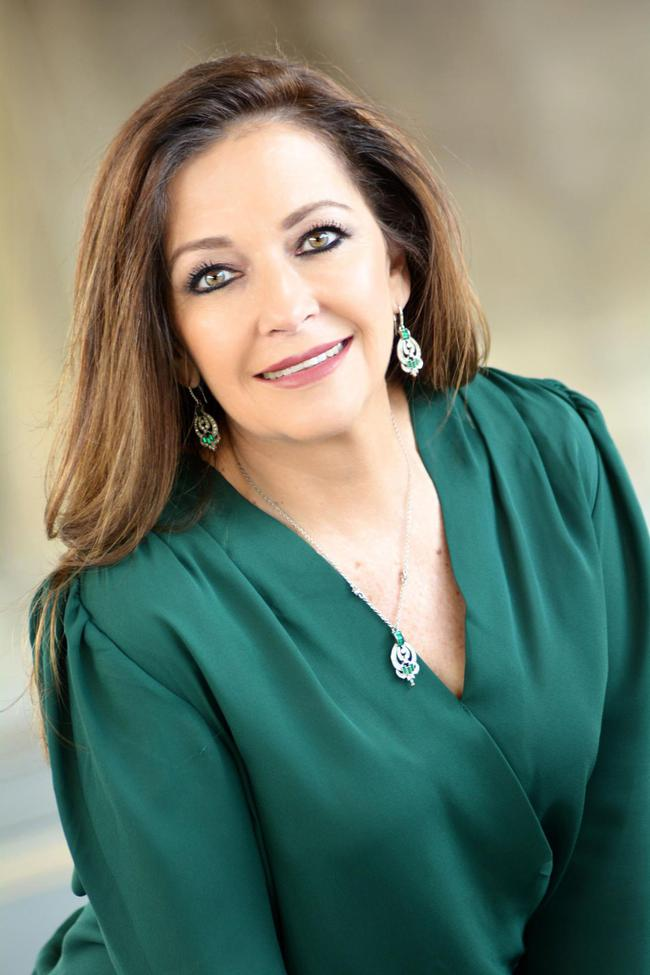 Photo of Victoria Marin,