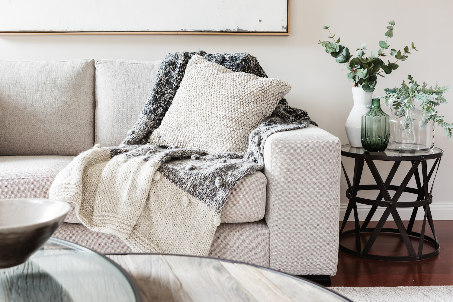 couch with side table