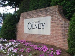 sign at entrance to the Olney, MD community