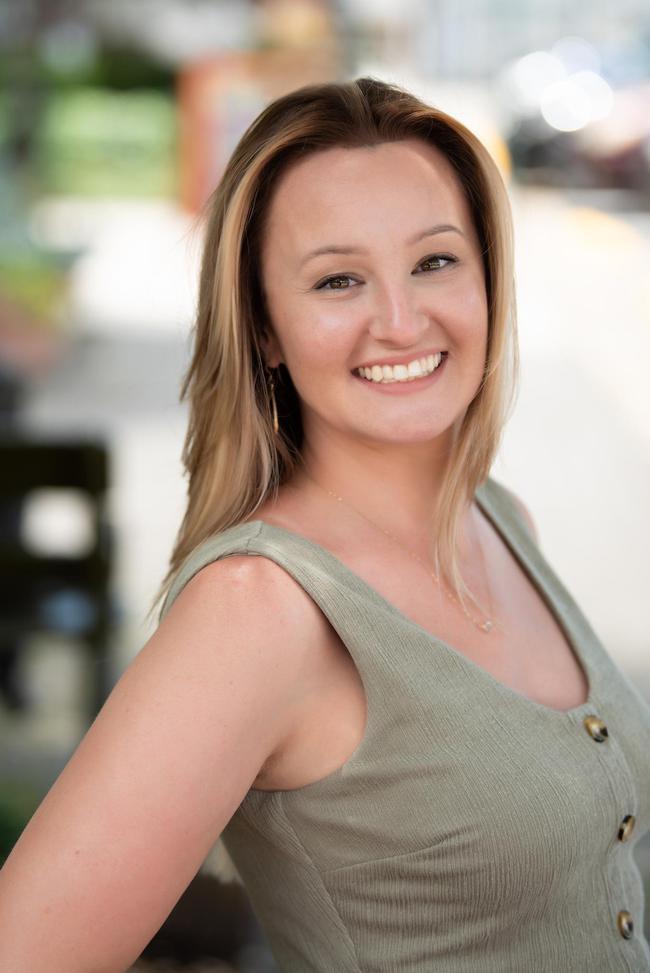 Photo of Jessica Lyon,