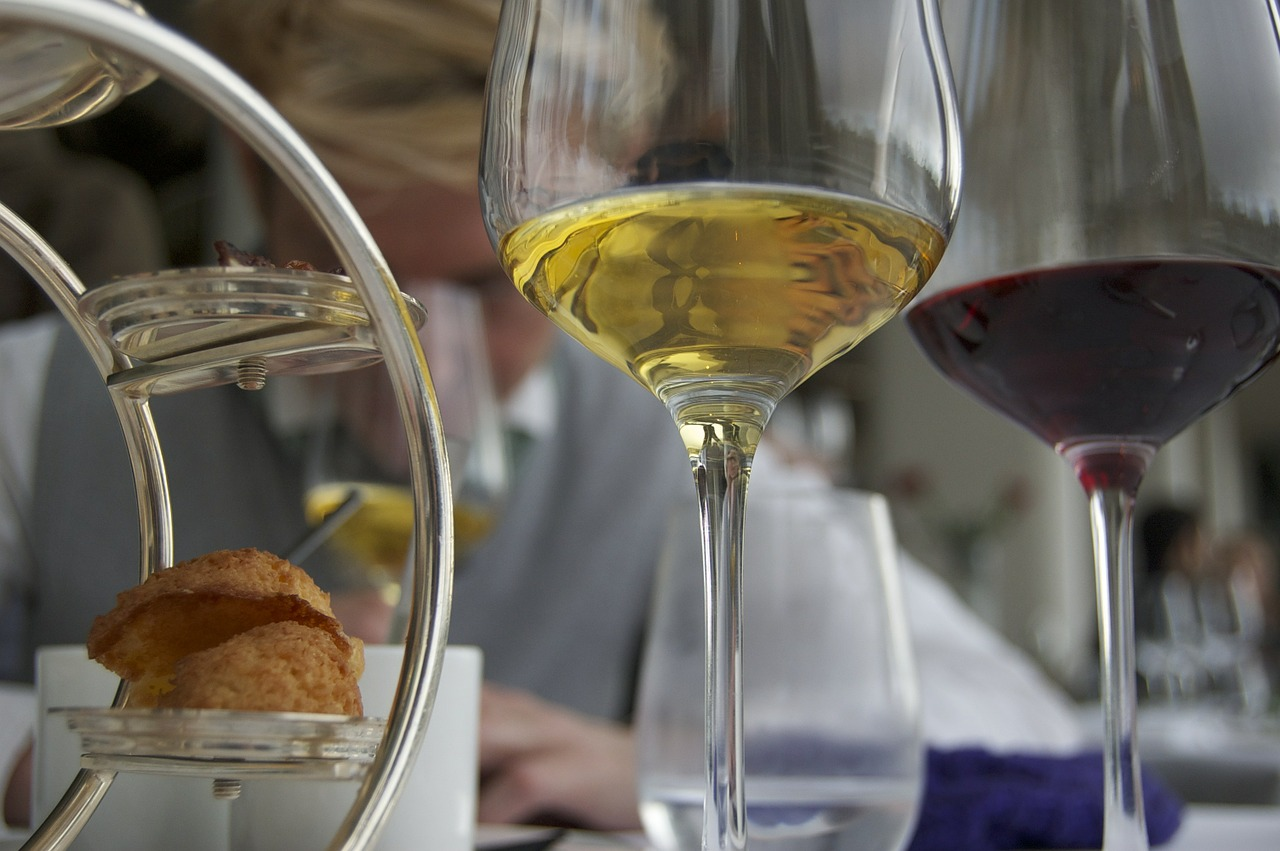 wine glasses in a fine dining restaurant