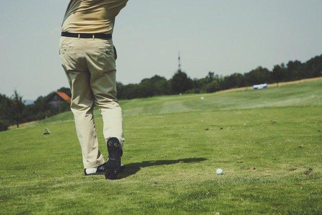 Golfing in Bermuda Run