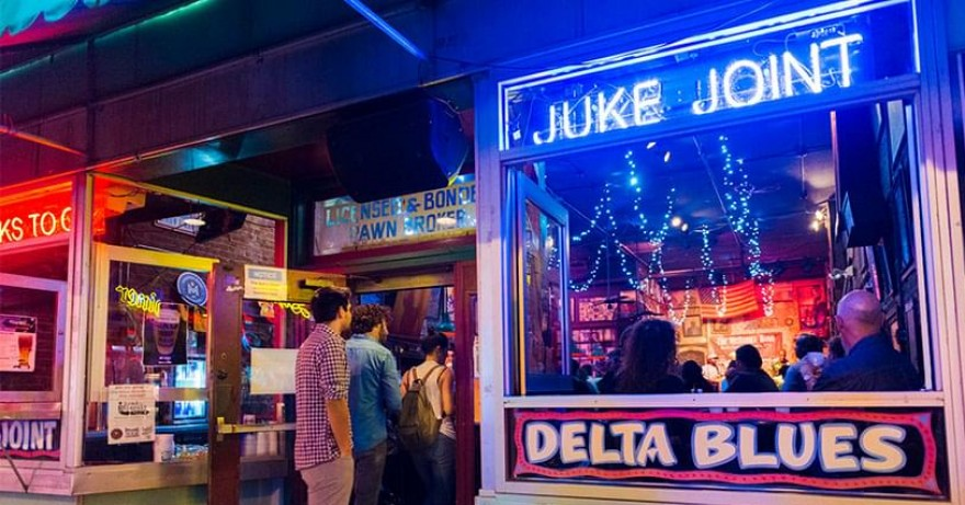 Photo of juke joint windowfront